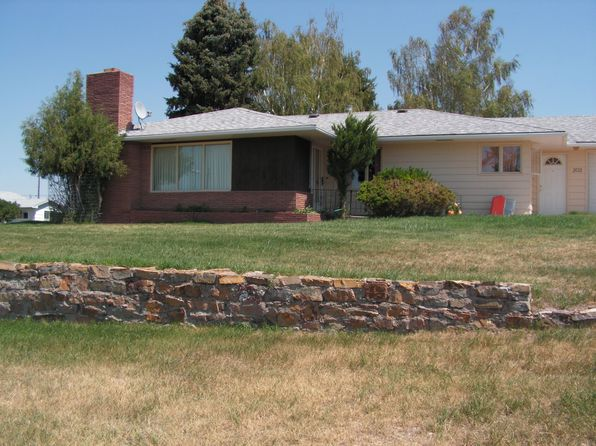 3 bed 2 bath Single Family at 202 4th Ave SE White Sulphur Springs, MT, 59645 is for sale at 195k - 1 of 9