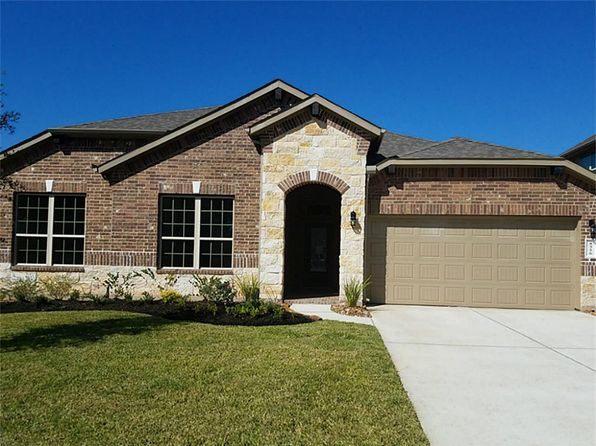 4 bed 3 bath Single Family at 8326 Liat Ln Conroe, TX, 77304 is for sale at 310k - 1 of 8