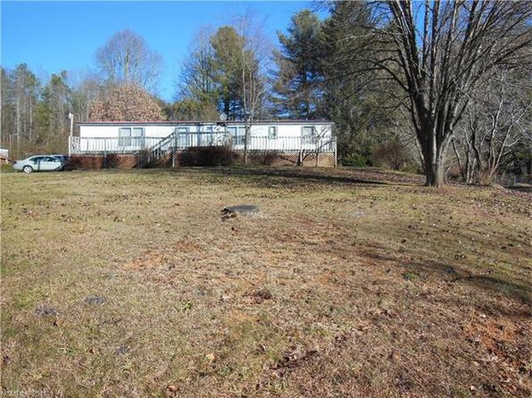 3 bed 2 bath Single Family at 901 Tinsley Rd Brevard, NC, 28712 is for sale at 110k - 1 of 17