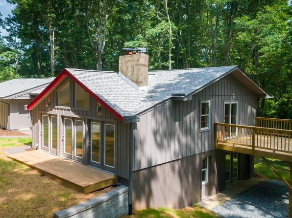 4 bed 3 bath Single Family at 84 Arco Rd Asheville, NC, 28805 is for sale at 444k - 1 of 14