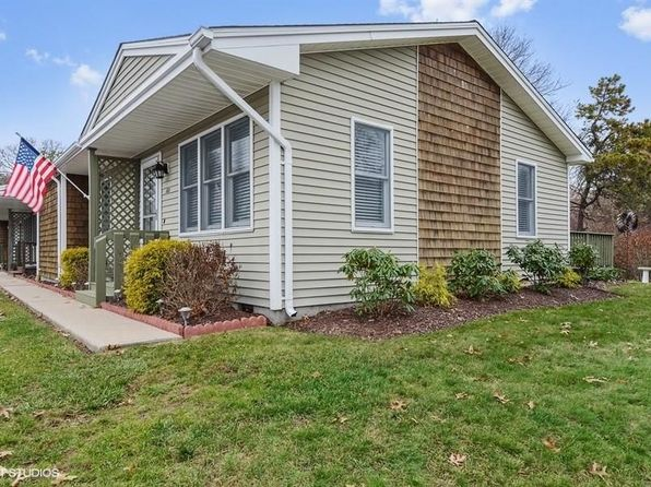 2 bed 2 bath Condo at 18 D Castle Rock Rd Unit18 D Charlestown, RI, 02813 is for sale at 148k - 1 of 21
