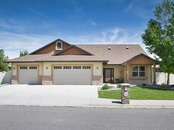 4 bed 3 bath Single Family at 4209 Julaura Ln Billings, MT, 59106 is for sale at 358k - 1 of 29
