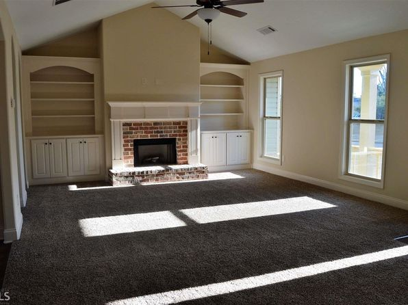 4 bed 3 bath Single Family at 2305 Matt Michell Ln Monroe, GA, 30655 is for sale at 201k - 1 of 8