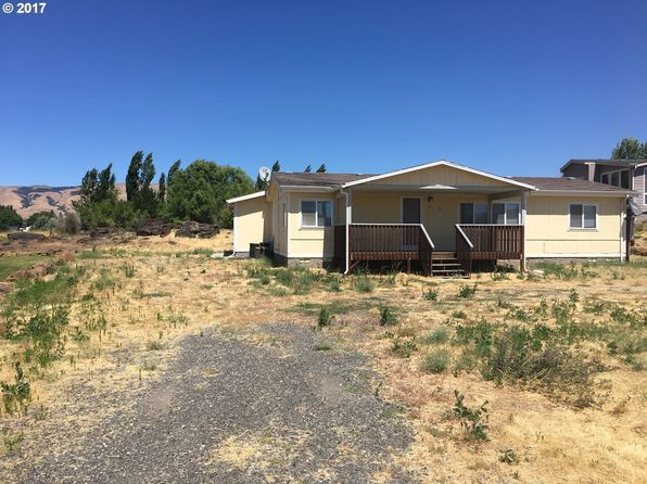 3 bed 2 bath Mobile / Manufactured at 411 Sunridge Ave Dallesport, WA, 98617 is for sale at 199k - 1 of 14