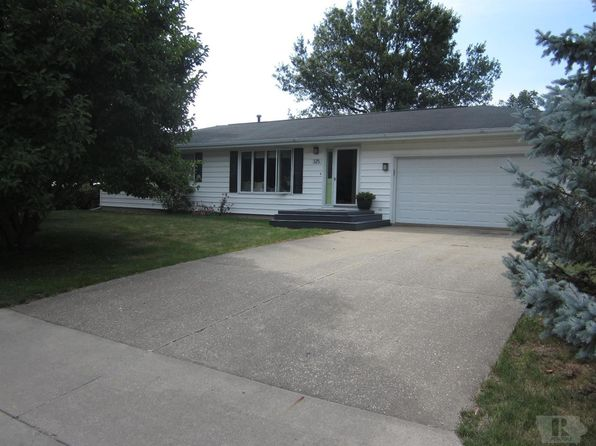 3 bed 2 bath Single Family at 125 Centennial Dr Mediapolis, IA, 52637 is for sale at 147k - 1 of 18