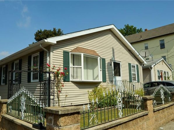 2 bed 2 bath Single Family at 27 Marion Ave Providence, RI, 02905 is for sale at 165k - 1 of 31