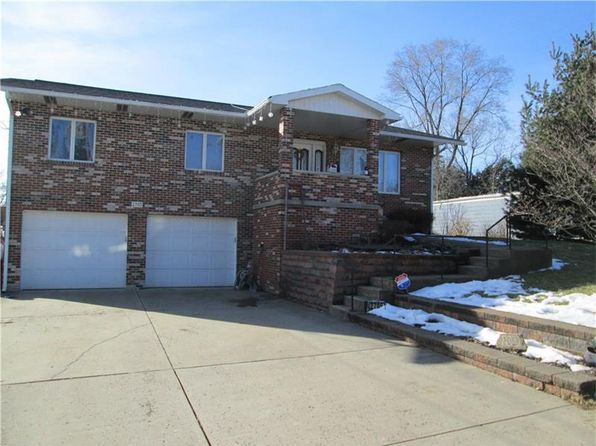 3 bed 3 bath Single Family at 2705 24th Ave Beaver Falls, PA, 15010 is for sale at 154k - 1 of 25