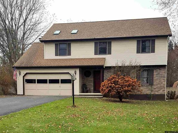 4 bed 2 bath Single Family at 3 Edgewater Ct Watervliet, NY, 12189 is for sale at 335k - 1 of 13