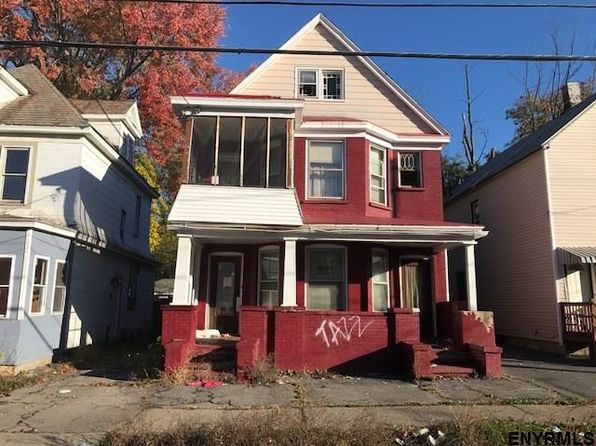6 bed 2 bath Multi Family at 827 Bridge St Schenectady, NY, 12303 is for sale at 29k - google static map