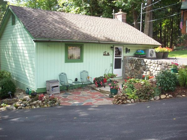 2 bed 1 bath Single Family at 9 N Brook Dr Bolton, NY, 12814 is for sale at 249k - 1 of 17