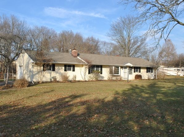 2 bed 2 bath Single Family at 12 Lynn Ct Hillsborough, NJ, 08844 is for sale at 299k - 1 of 21
