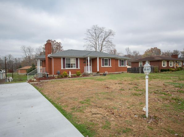 3 bed 2 bath Single Family at 9810 Northridge Dr Louisville, KY, 40272 is for sale at 185k - 1 of 31