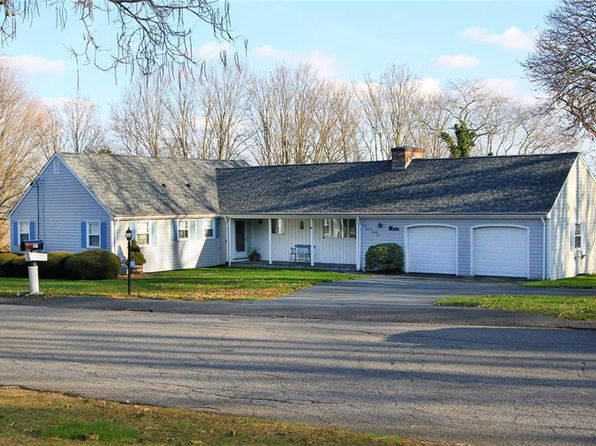 3 bed 3 bath Single Family at 171 Lawrence Dr Portsmouth, RI, 02871 is for sale at 419k - 1 of 39