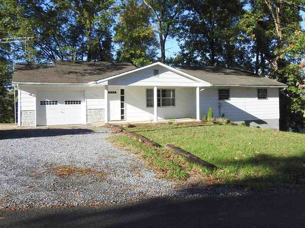 4 bed 2 bath Single Family at 1113 Sunset Cir Newport, TN, 37821 is for sale at 130k - 1 of 13