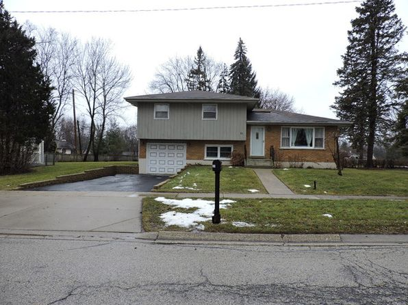 3 bed 3 bath Single Family at 31 Woodview Ln Algonquin, IL, 60102 is for sale at 220k - 1 of 14