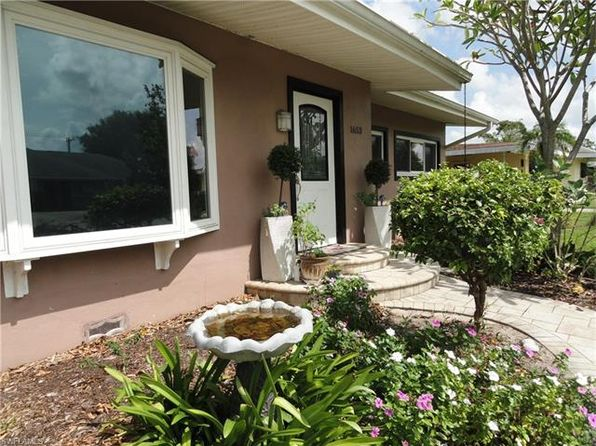 3 bed 2 bath Single Family at 1653 MARAVILLA AVE FORT MYERS, FL, 33901 is for sale at 255k - 1 of 25