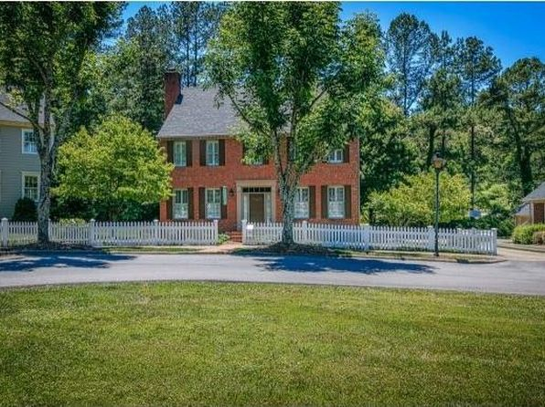 4 bed 3 bath Single Family at 17 Pendleton Pl Kingsport, TN, 37664 is for sale at 375k - 1 of 31