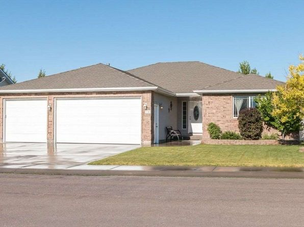 3 bed 2 bath Single Family at 614 Sunbeam Dr Twin Falls, ID, 83301 is for sale at 280k - 1 of 25