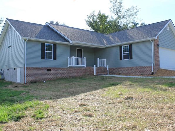 3 bed 2 bath Single Family at 97 Russell Ln Crossville, TN, 38555 is for sale at 175k - 1 of 21