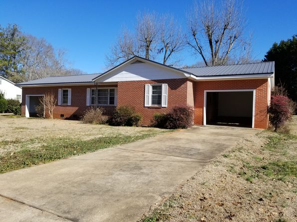 2 bed 2 bath Single Family at 430 Price St Roanoke, AL, 36274 is for sale at 85k - 1 of 26