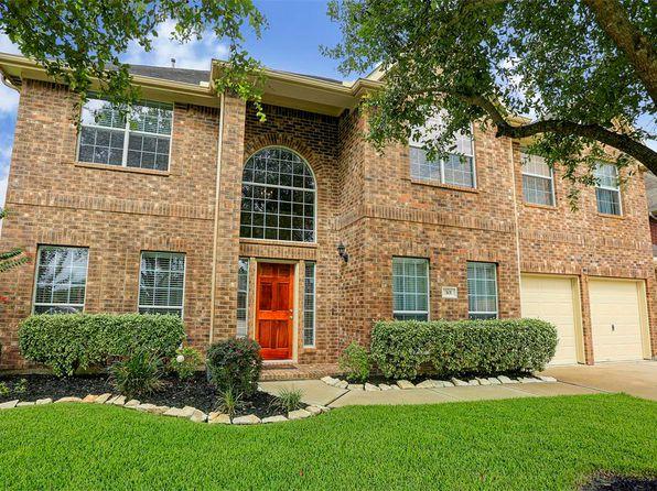 Storage Closets   League City Real Estate   League City TX Homes For Sale |  Zillow