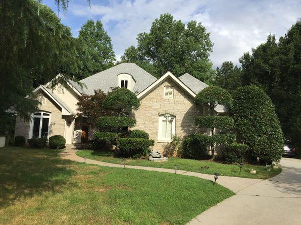 Huntcliff Real Estate - Huntcliff Sandy Springs Homes For