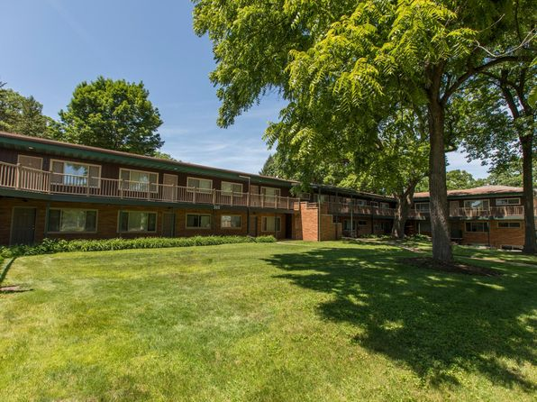 Fabulous Rental Listings In Iowa City Ia 375 Rentals Zillow Best Image Libraries Barepthycampuscom