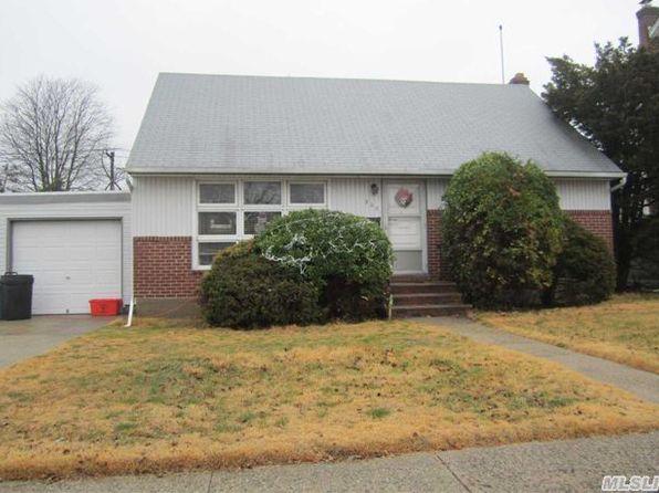 Garden City Ny Single Family Homes For Sale 92 Homes