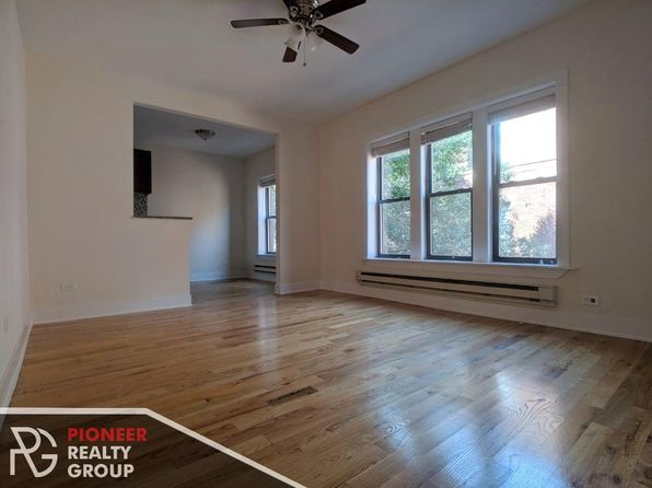 Fine Apartments For Rent In Lake View Chicago Zillow Complete Home Design Collection Barbaintelli Responsecom
