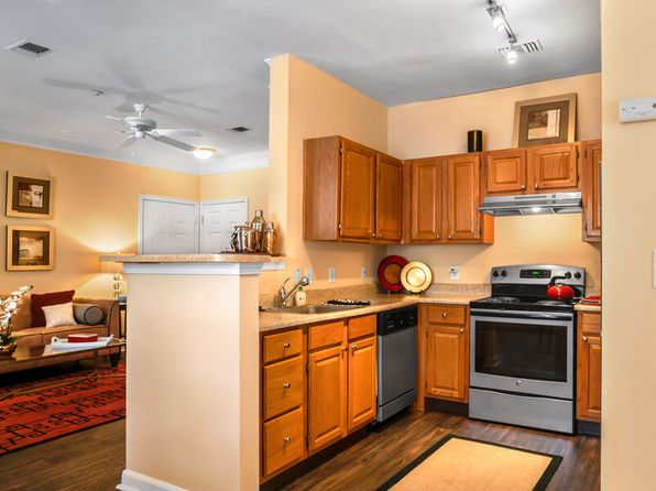 Incredible Apartments For Rent In Lawrence Ma Zillow Download Free Architecture Designs Scobabritishbridgeorg