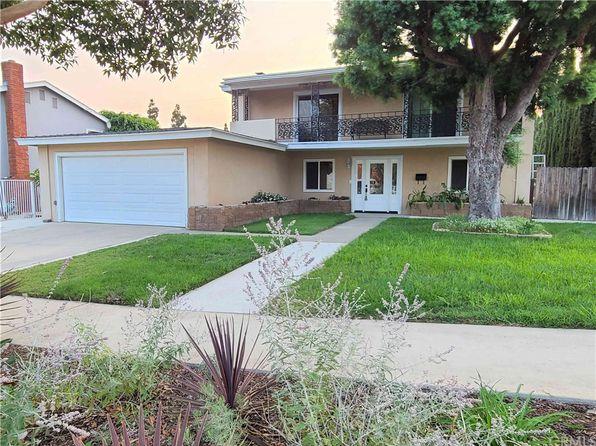 2220 Pasadena St, Santa Ana, CA 92705