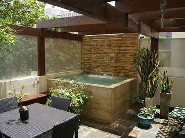 654 calle un san juan pr 00907 zillow for Hot tub designs and layouts