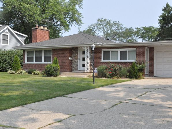 1001 woodlawn rd glenview il 60025 zillow for 1048 terrace lane glenview il
