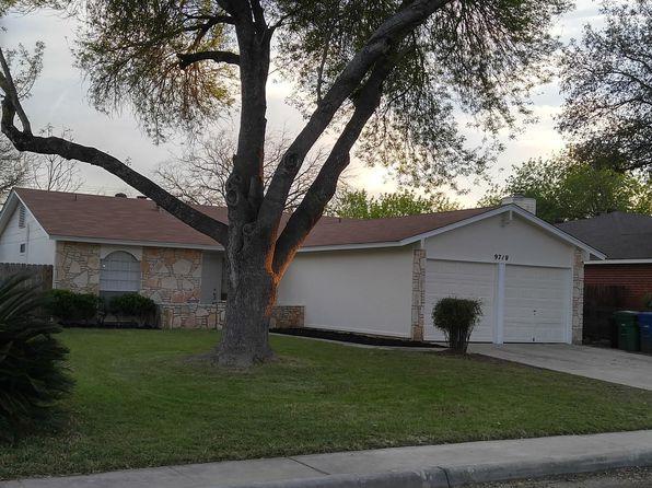 Awesome 9718 Hidden Plains St San Antonio Tx 78250 Home Interior And Landscaping Analalmasignezvosmurscom
