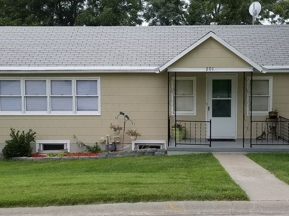 Louisville Ne Single Family Homes For Sale 13 Homes Zillow