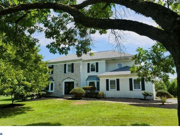 colonial style phoenixville real estate phoenixville