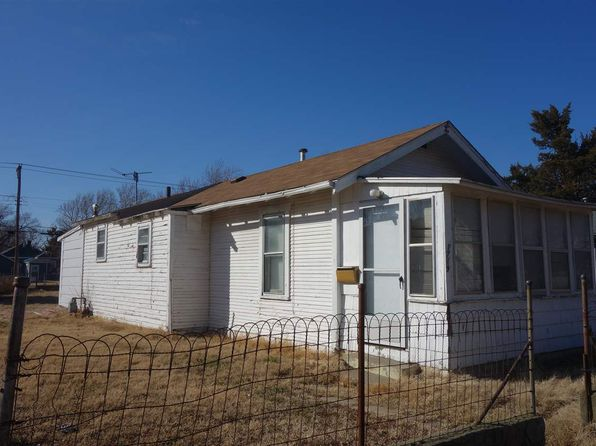mobile homes for sale topeka ks with Wichita Ks 67211 on New Listings listings also Wichita Ks 67211 besides Houses For Sale In Oakley Ks besides 3yd TAARKS 192227 additionally BECKY BURGHART Your Wel e Home Topeka KS 1544215 655899775.