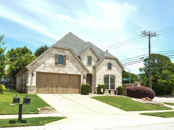 Awesome Grapevine Tx Townhomes Townhouses For Sale 7 Homes Zillow Beutiful Home Inspiration Truamahrainfo