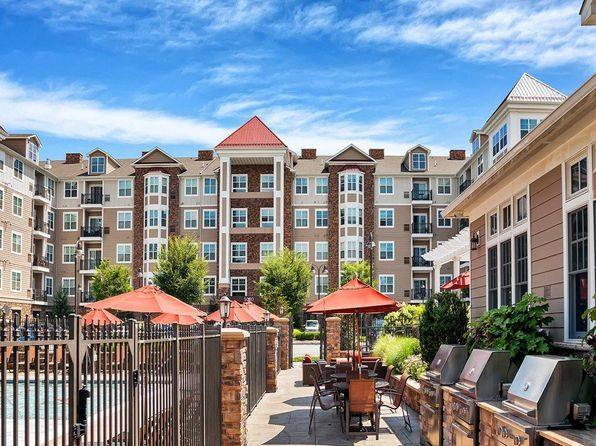 Lyndhurst NJ Pet Friendly Apartments & Houses For Rent - 12 ...