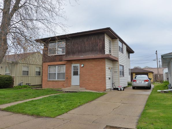 Racine WI Duplex & Triplex Homes For Sale - 46 Homes | Zillow