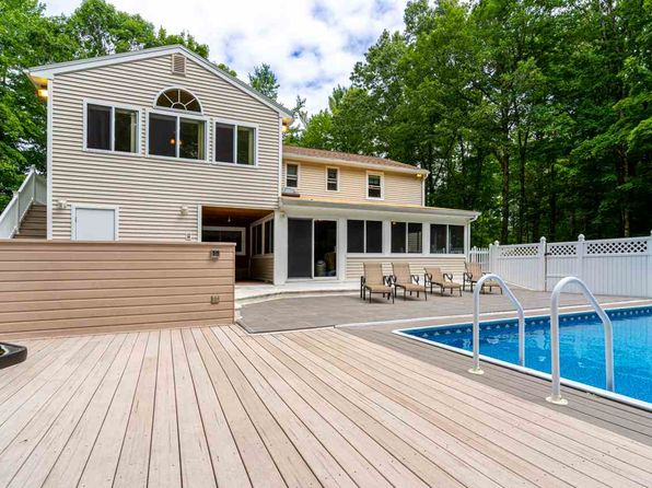 Sandown NH Single Family Homes For Sale - 41 Homes | Zillow