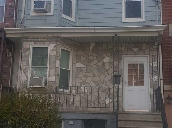 2 Family House Queens Real Estate 897 Homes For Sale Zillow