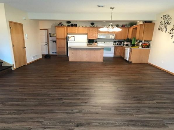 Prime Townhomes For Rent In Anoka County Mn 23 Rentals Zillow Home Interior And Landscaping Ologienasavecom