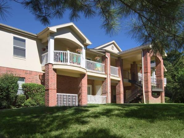 Incredible Apartments For Rent In Fayetteville Ar Zillow Beutiful Home Inspiration Semekurdistantinfo