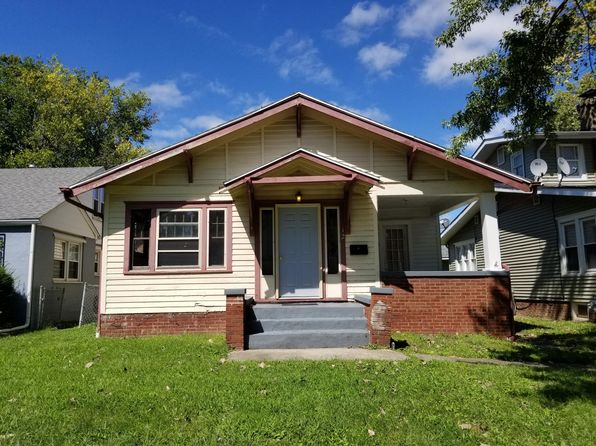 Astounding Houses For Rent In Decatur Il 27 Homes Zillow Home Interior And Landscaping Ponolsignezvosmurscom