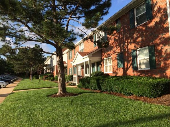 Apartments on Villas At Brentwood Saint Louis Mo
