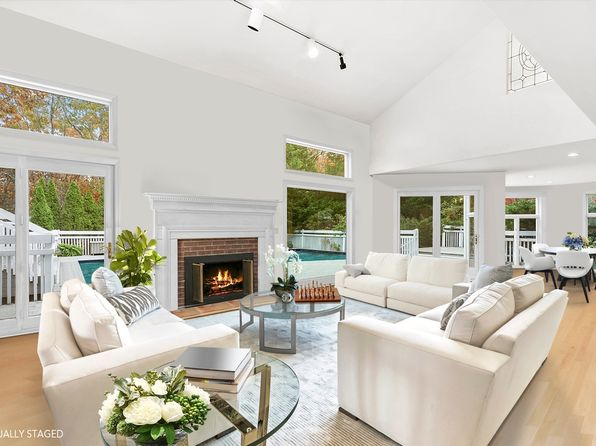 East Hampton Real Estate - East Hampton NY Homes For Sale | Zillow