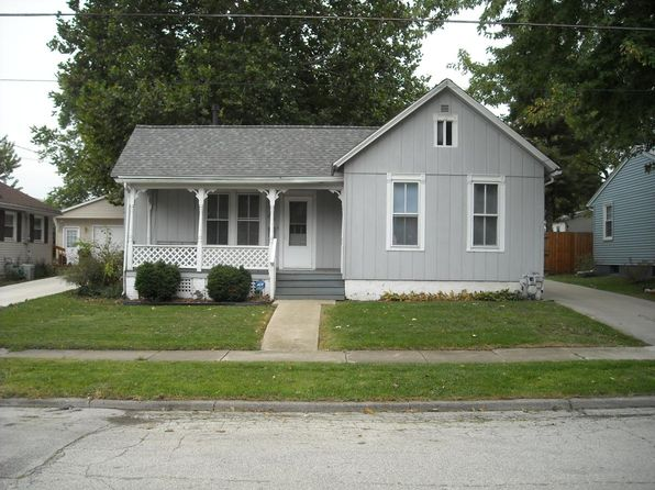 House For RentHouses For Rent in Bloomington IL   42 Homes   Zillow. 3 Bedroom House For Rent Normal Il. Home Design Ideas