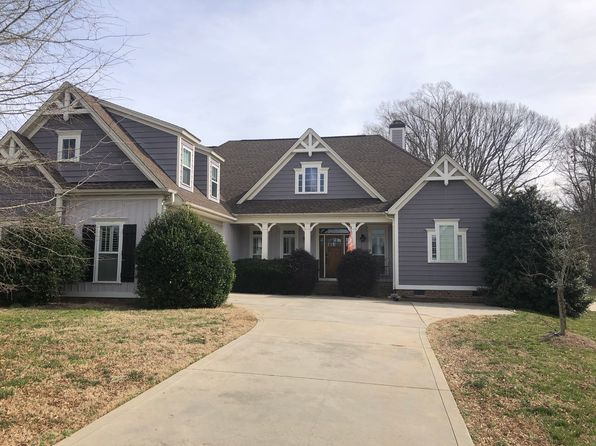 Matthews Real Estate Matthews Nc Homes For Sale Zillow