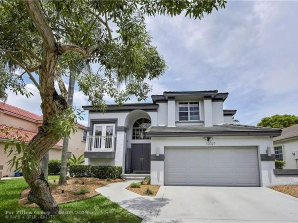 in embassy lakes 33026 real estate 33026 homes for sale zillow rh zillow com